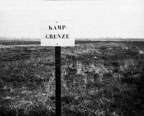 De kampgrens van kamp Westerbork ten tijde van het Vluchtelingenkamp.