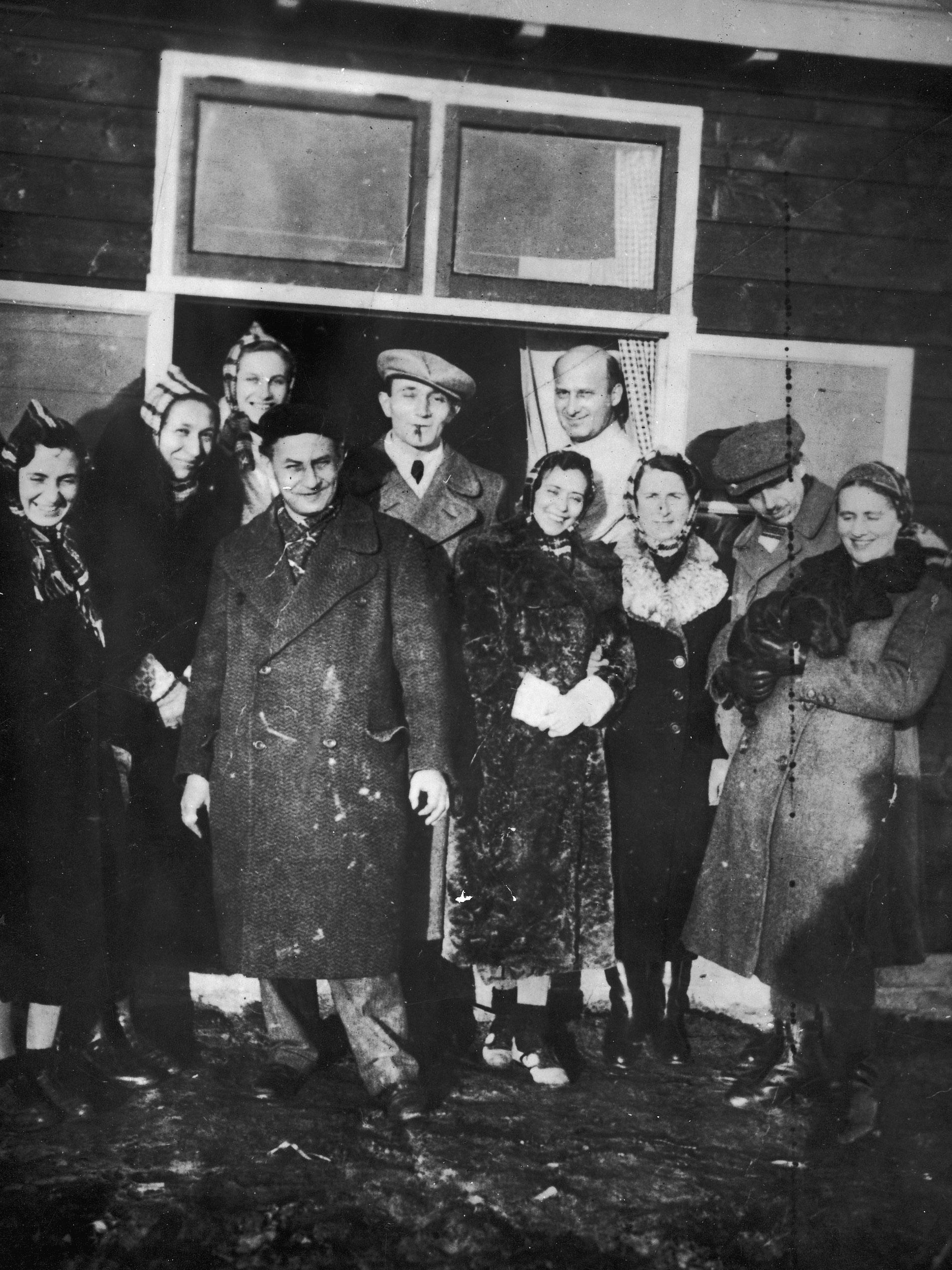 De eerste bewoners van kamp Westerbork, 1939.