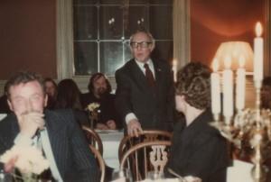 Nico Speijer tijdens zijn toespraak tot René Diekstra op de dag van René's oratie aan de Leidse Universiteit, 1979.