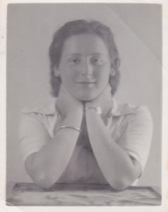 Carolien in augustus 1938.