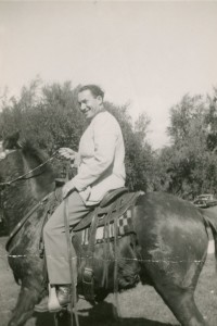 Fred Gruen in de Verenigde Staten.