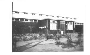Het badhuis in kamp Westerbork.