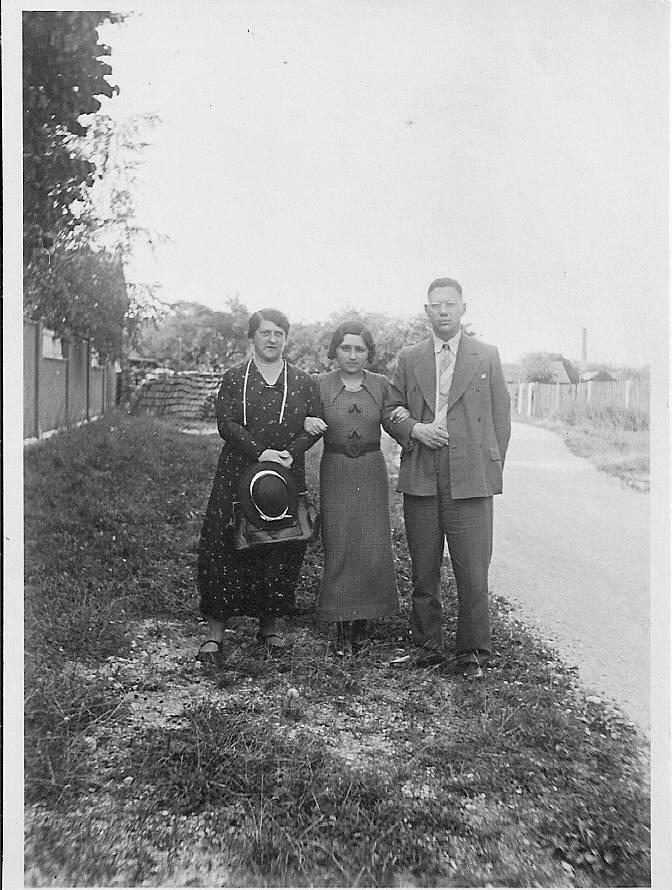 Hilde, Marie & Fritz.