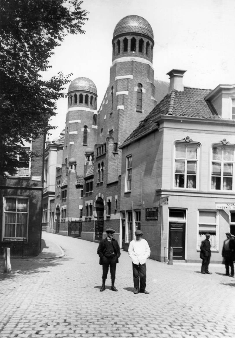 De synagoge van Groningen.