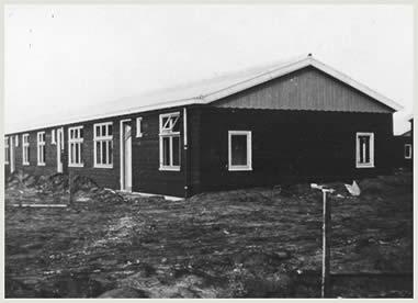 Vluchtelingenkampbarak in kamp Westerbork.