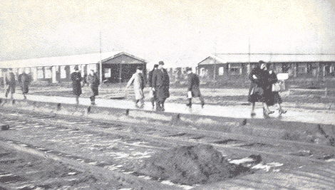 Het perron van kamp Westerbork.