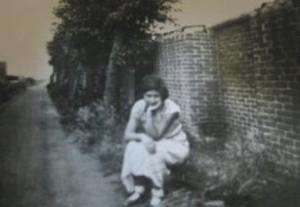 Janny van Praagh during the war.
