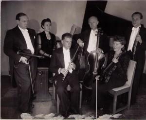 Alma Musica.