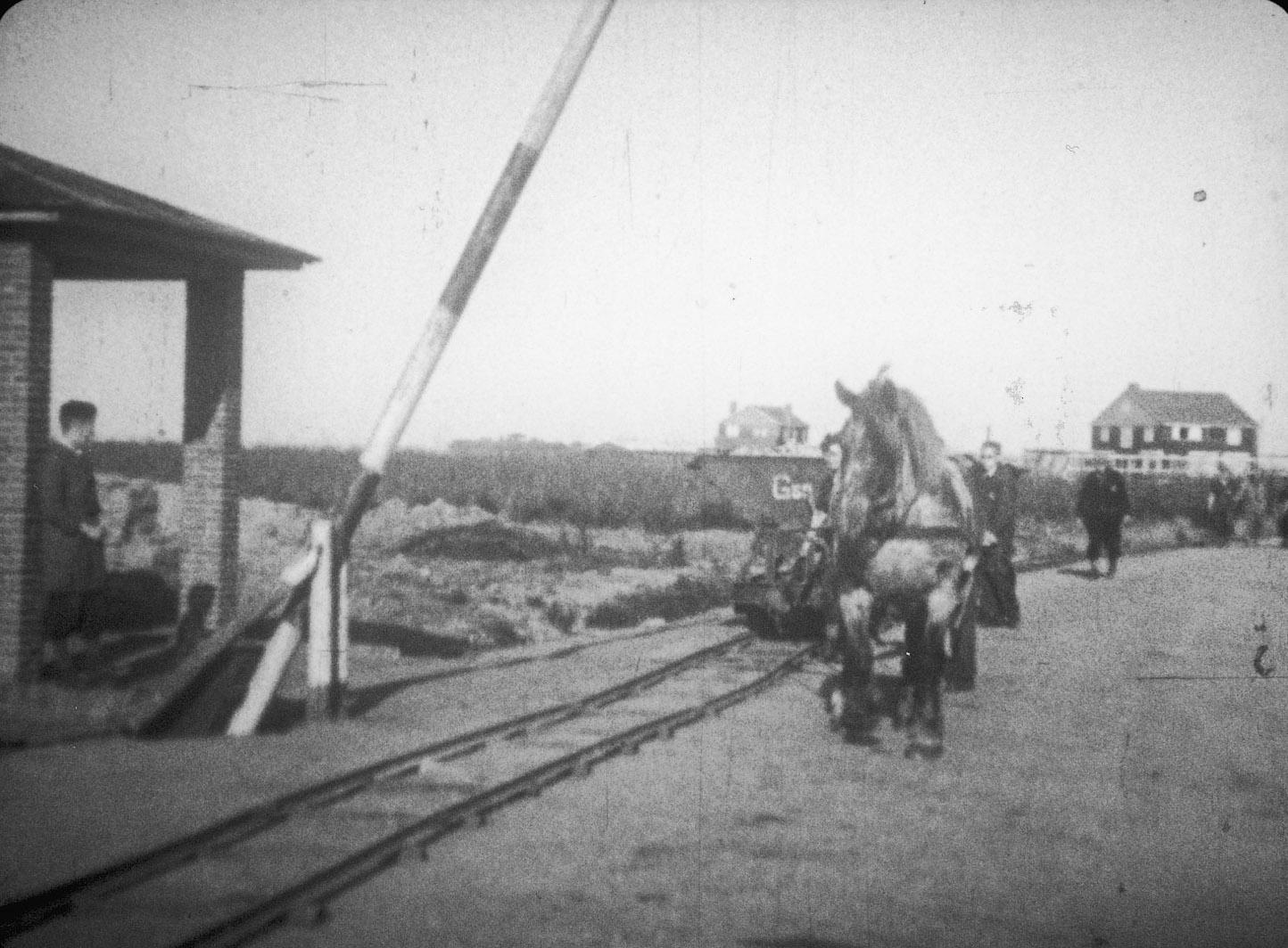 De eerste ingang van kamp Westerbork.