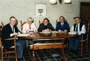 Vijf ordonnansen eind jaren tachtig. In het midden Louis de Wijze.