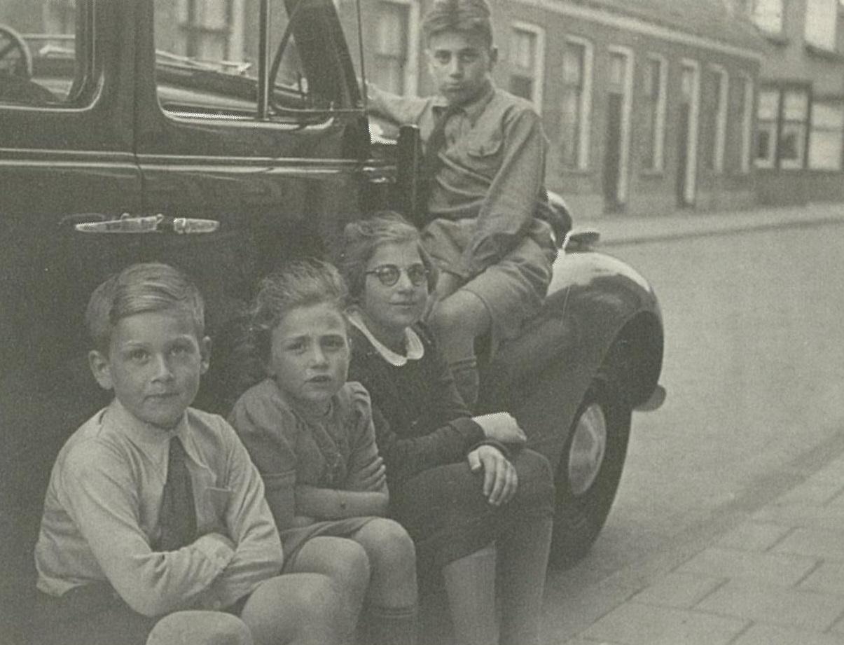 De kinderen Levie in hun jonge jaren.