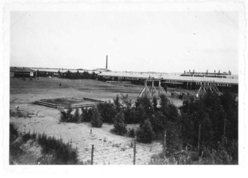Kamp Westerbork 1944. Linksachter barak 51.